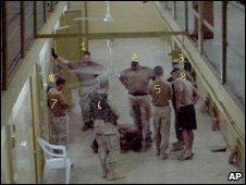 Photos showing prisoner abuse in Iraq caused a major scandal in 2004 (click for news item)
